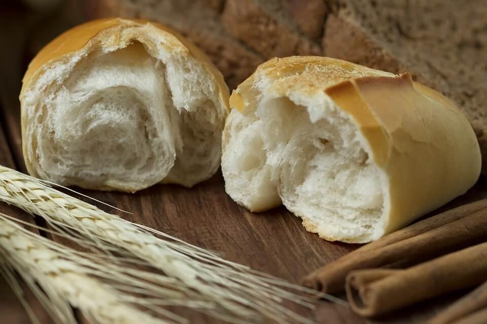можно ли белый хлеб кормящей