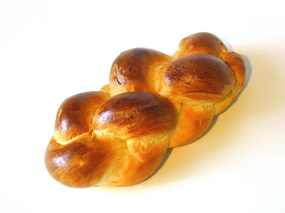 можно ли кормящим хлеб