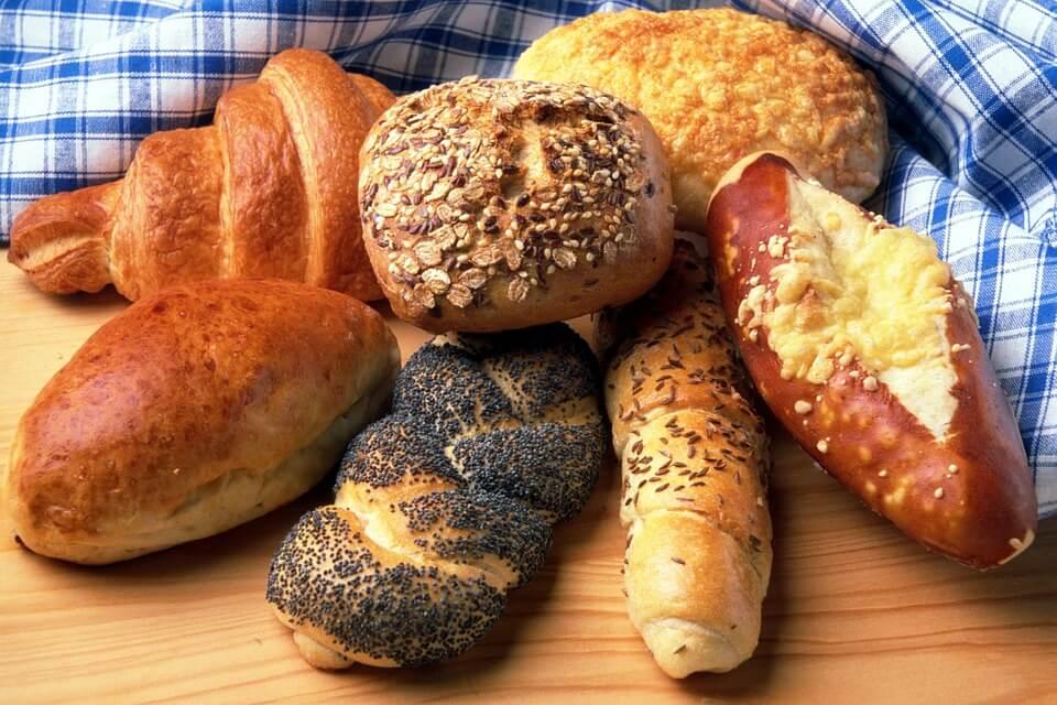 можно ли кормящей маме хлеб