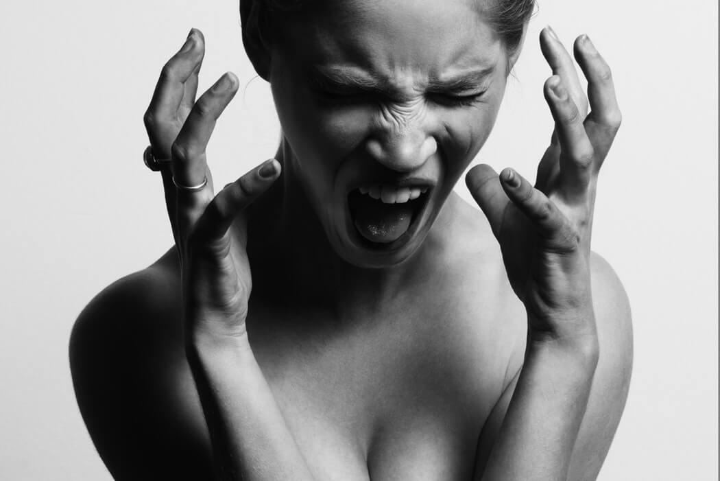 послеродовая депрессия признаки