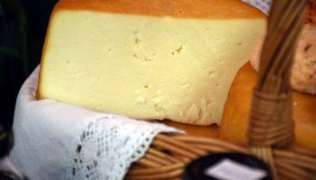 можно ли кормящим сыр