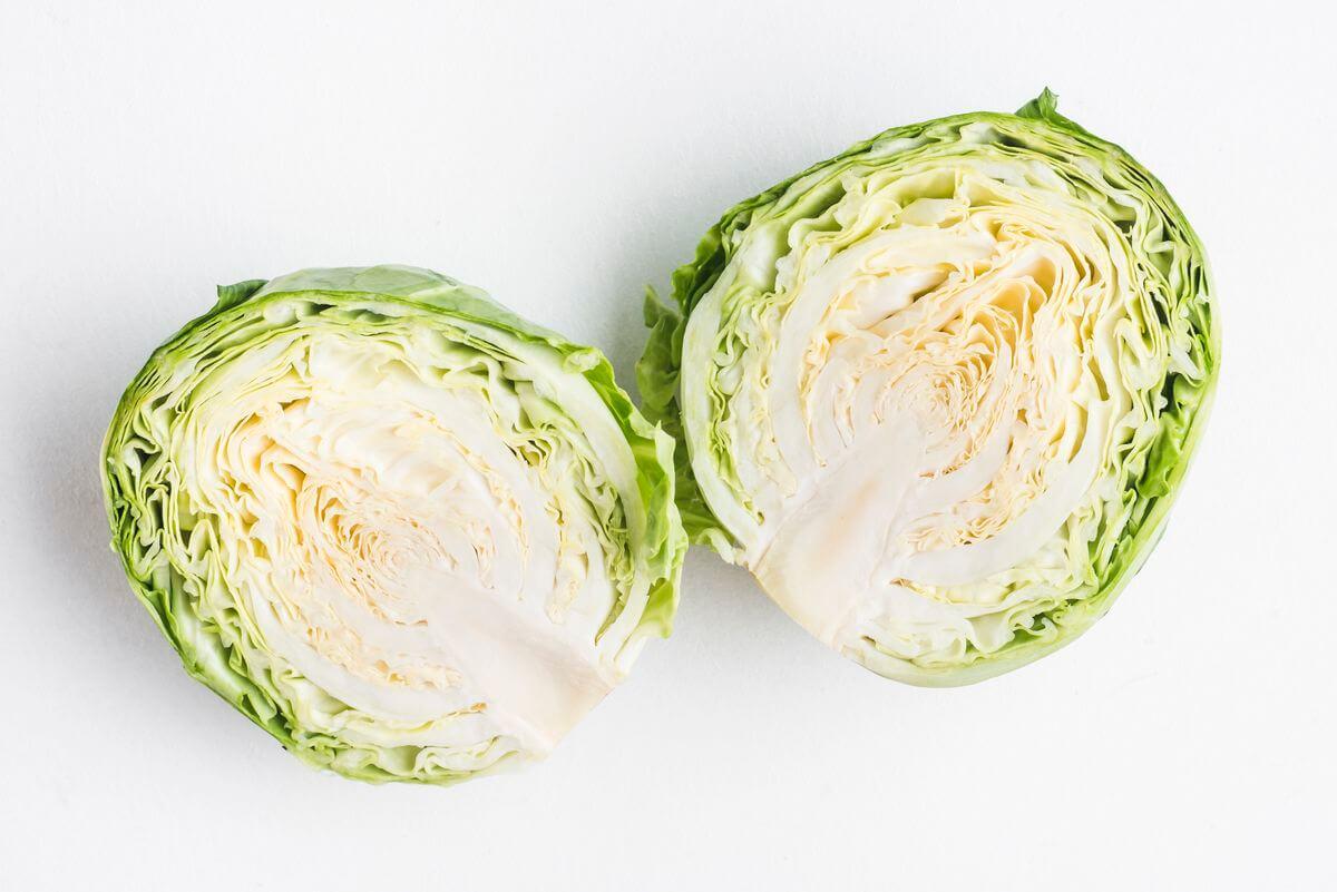 Можно ли салат из капусты кормящей маме