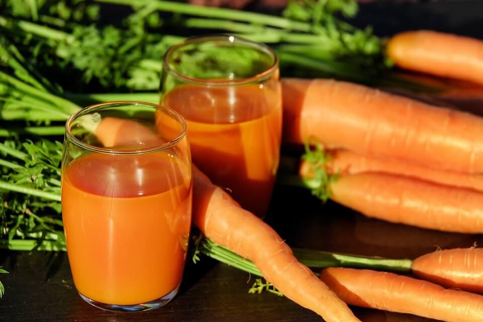можно ли детям морковный сок