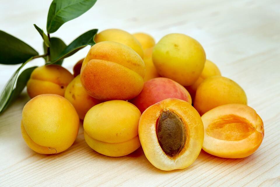 абрикосы детям с какого возраста