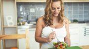 Как быстро похудеть после родов: диета для мам №1