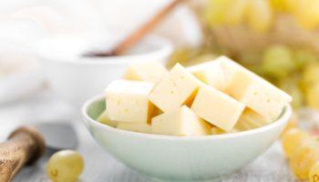 Можно ли детям сыр: какой, с какого возраста, сколько