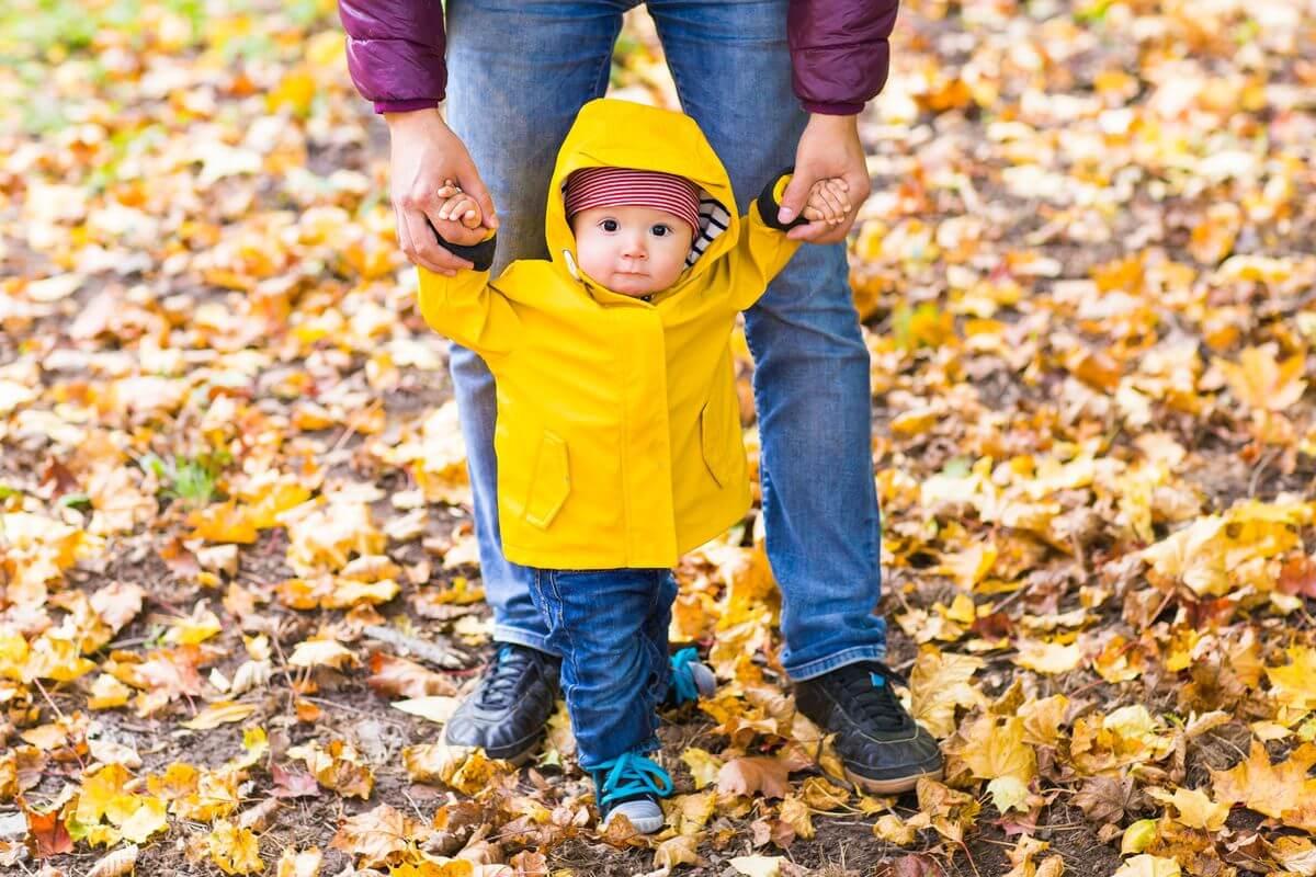 во что одеть ребенка осенью