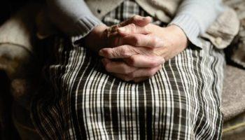 Одинокие старики — были плохими родителями