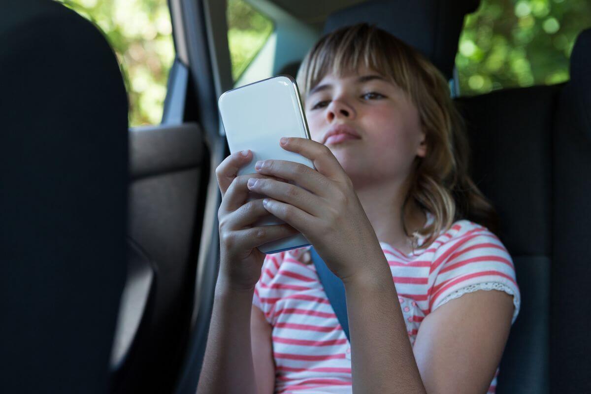 как отучить ребенка от телефона