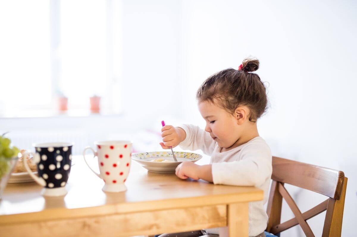сколько ест ребенок