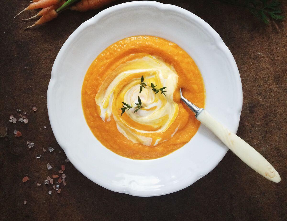 морковный суп с творогом