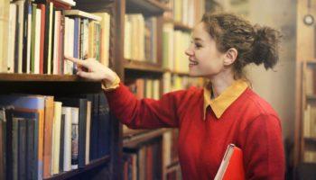 госдума пересмотрит правила возрастной маркировки книг