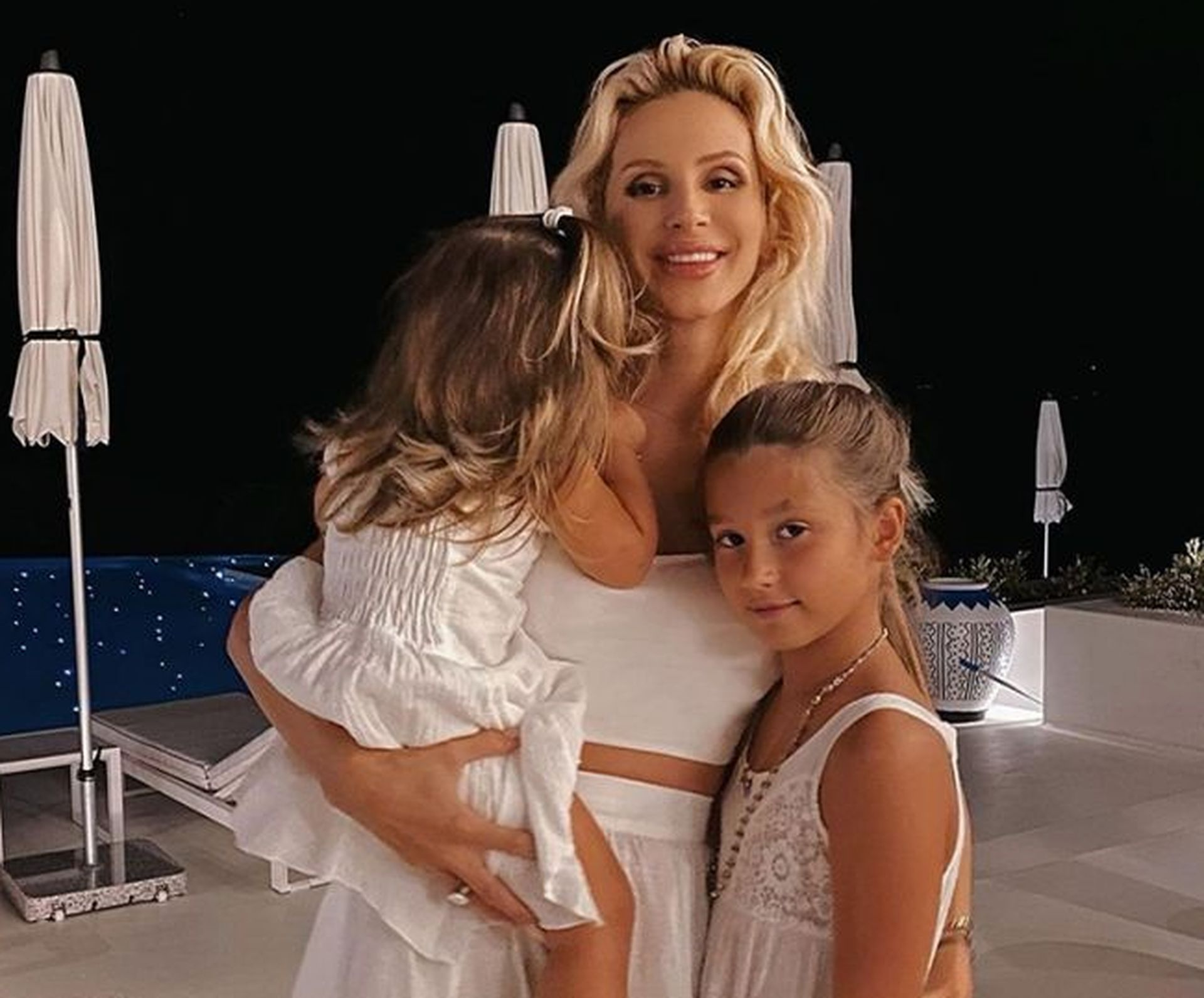 Светлана Лобода с дочерьми