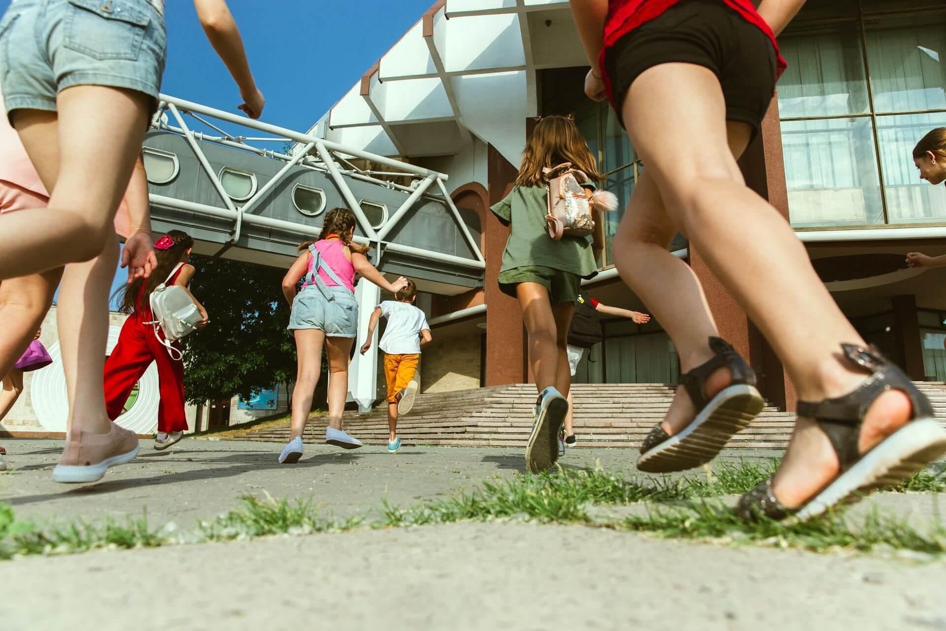 Ростуризм назвал сроки запуска программы кешбэка на путевки для детей