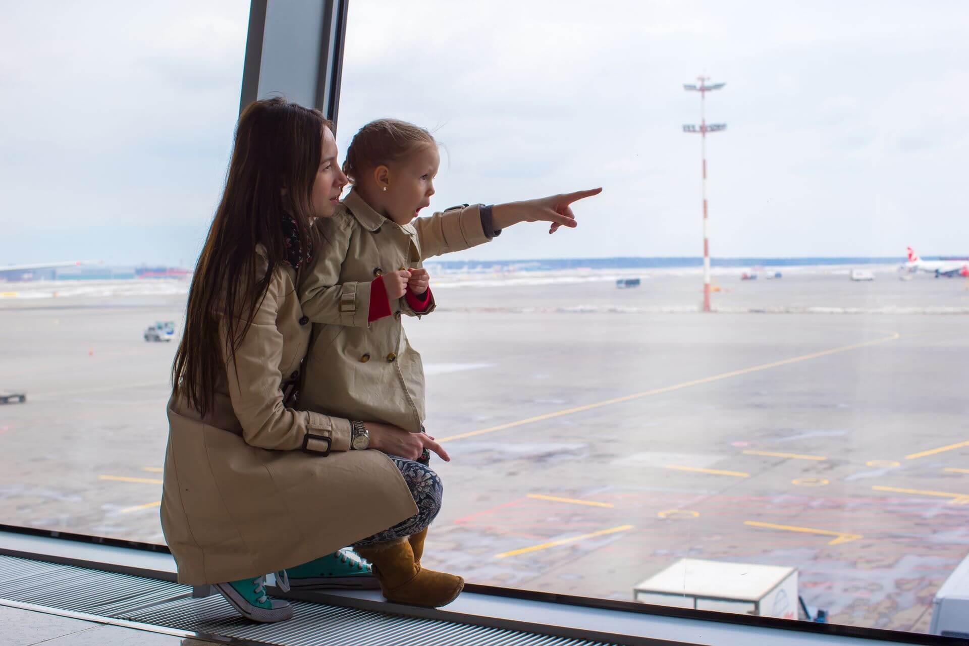 закон упрощающий выезд детей за границу