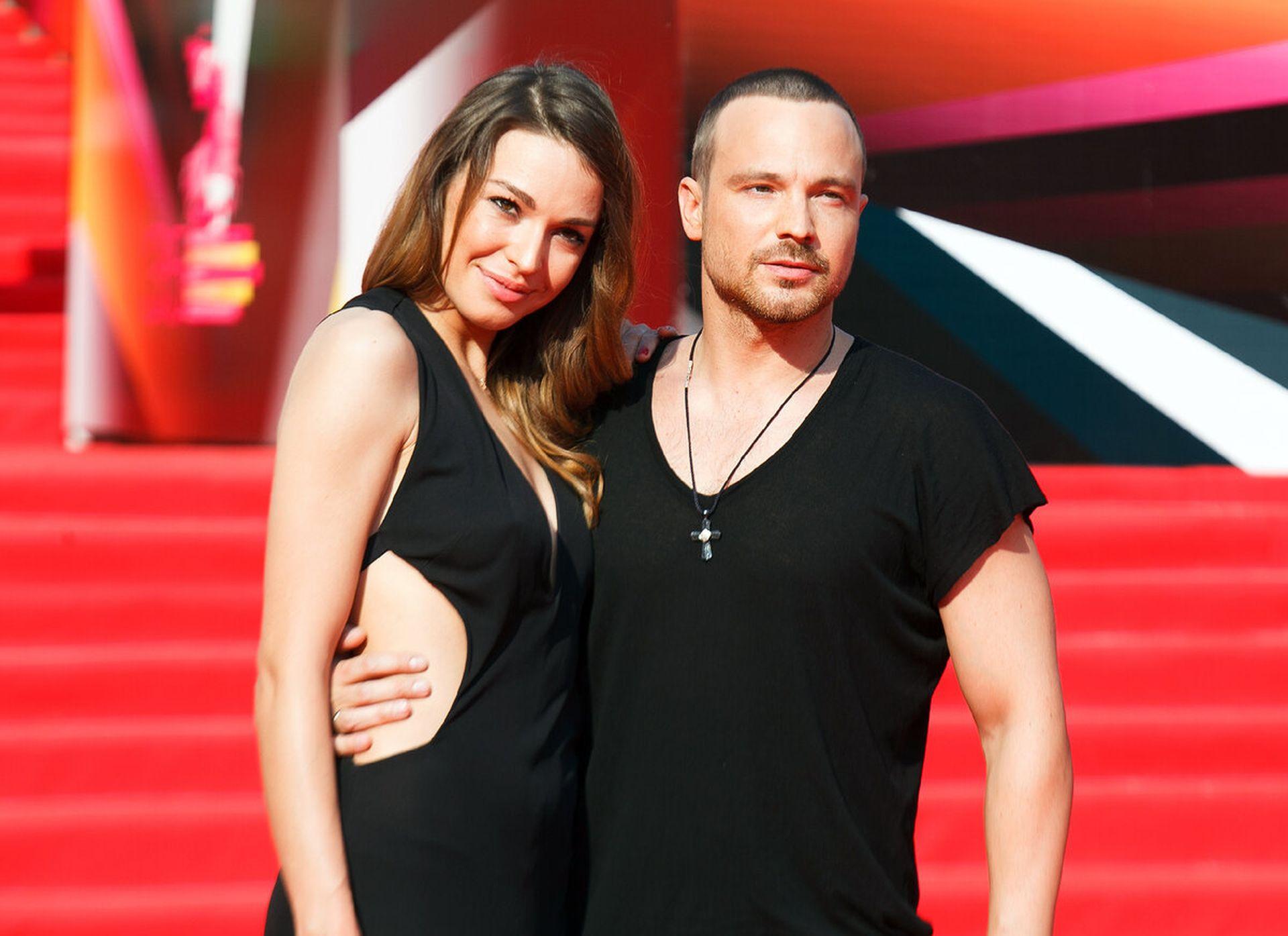 На фото Агния Дитковските с Алексеем Чадовым